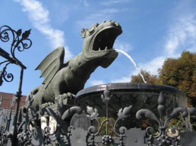 Look at the new square with the Klagenfurt landmark, the dragon